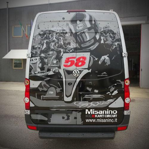 Pista flat track sterrata furgone team